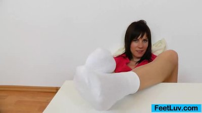 Charming Leony presents her stunning feet soles