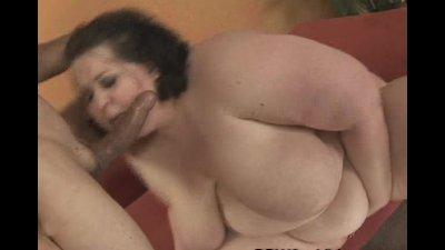 Cock Sucking BBW Jelli Bean Gets It Doggy Style