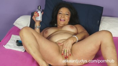 Isis toys her MILF pussy to get off for you to watch.