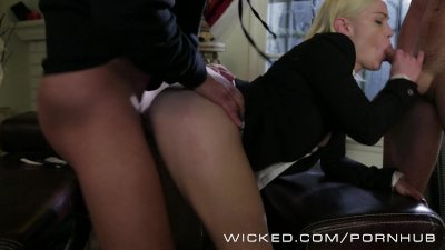24 XXX: Jack Bauer's Daughter gets devirginized by 2 hard cocks!