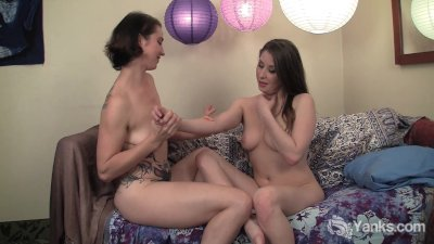 Amateur Lesbians Belle And Muse Fingering Their Pussies