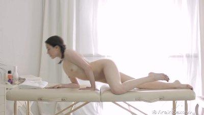 18 Virgin Sex - 18 year old Alina