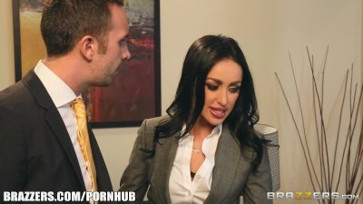 Breanne Benson in Secretary Seduction - Brazzers