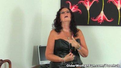 Does this British grandma still masturbate?