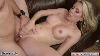 Blonde wife Courtney Cummz ride cock
