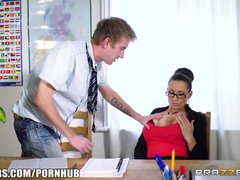 Hot Milf teacher Jane gets fucked - Brazzers