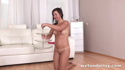 Amazing young bitch drinks her own pee
