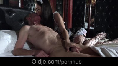 Sexy young maid satify old man with sexual servings