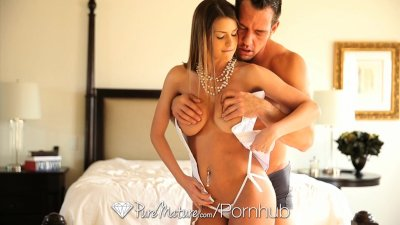 HD PureMature - Big tit milf Brooklyn Chase knows how to work her wet pussy