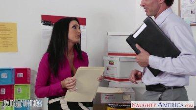 Stockinged office babe Jessica Jaymes fuck hard