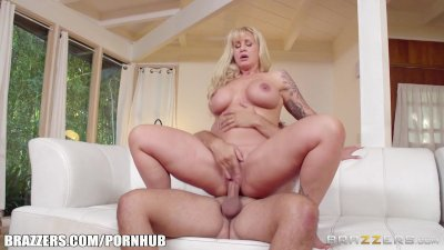 Brazzers - Hot milf Ryan Conner gets fucked hard