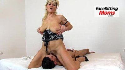 Danger dave adult links busty girl gets licked