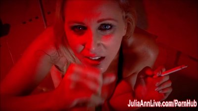 Sexy Milf Julia Ann Sucks Dick