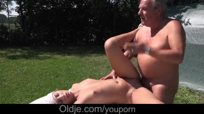 Young step daughter fucked dad