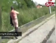 MyDirtyHobby France – BitchMary Suce et Pisse en Public