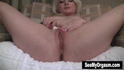 Sexy Olivia Masturbating With
