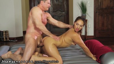 Sara Luvv Offers Incredible Nuru Experience