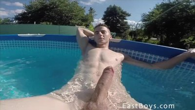 Public Handjob Adventure 2014 - part2