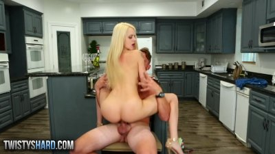 Twistys Hard - Elsa Jean gets pounded