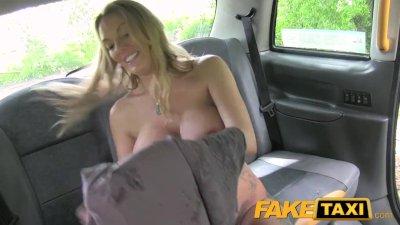 My Asian sister masturbating on live cam - Sexyexposedwebcams.com