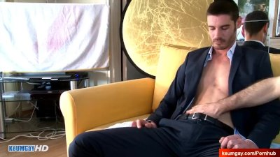 Marc handsome straight guy get serviced by a guy!