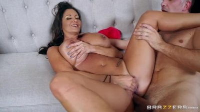 Hot milf Ava Addams loves big cock - Brazzers