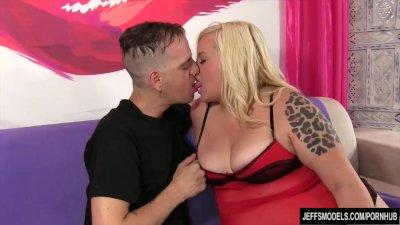 Blonde fatty fucks and makes a guy cum