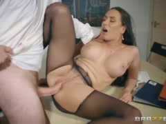 Mea Melone gives some head to get a head - Brazzers