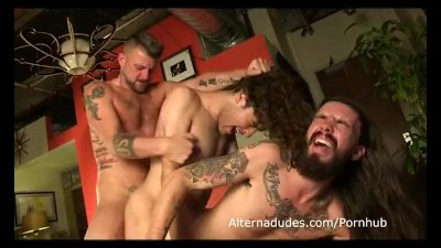 tatted rockers have a threesome