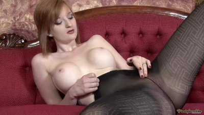 Teasing in opaque pantyhose
