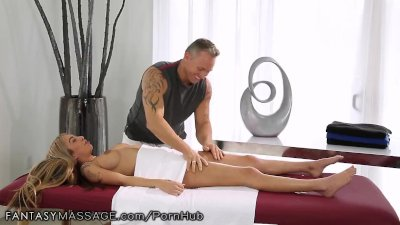 FantasyMassage She Can't Stop