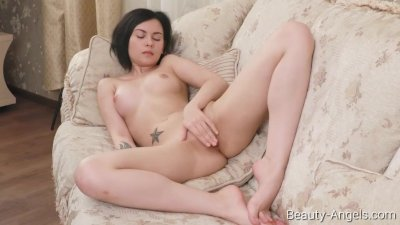 Beauty-Angels.com -Alla - Hot fingers in hot pussy
