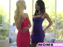 Preview 5 of Teen Elsa Jean & Mom Jessica Jaymes Ffm Fuck