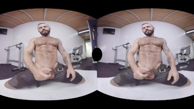 VirtualRealGay.com - Shake it up gym