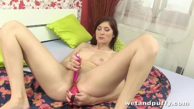 Redhead cutie in a super hot solo scene