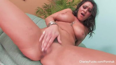 Hottie Charley Chase rubs & fingers her wet pussy