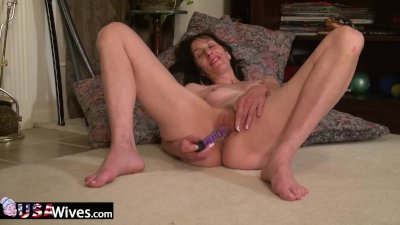 - USAwives Penny Jones M...