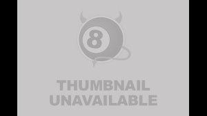 BLACKEDRAW Piccola bionda dominata da borchia nera